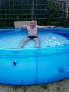 'The Beast' - my first 10 foot Intex pool